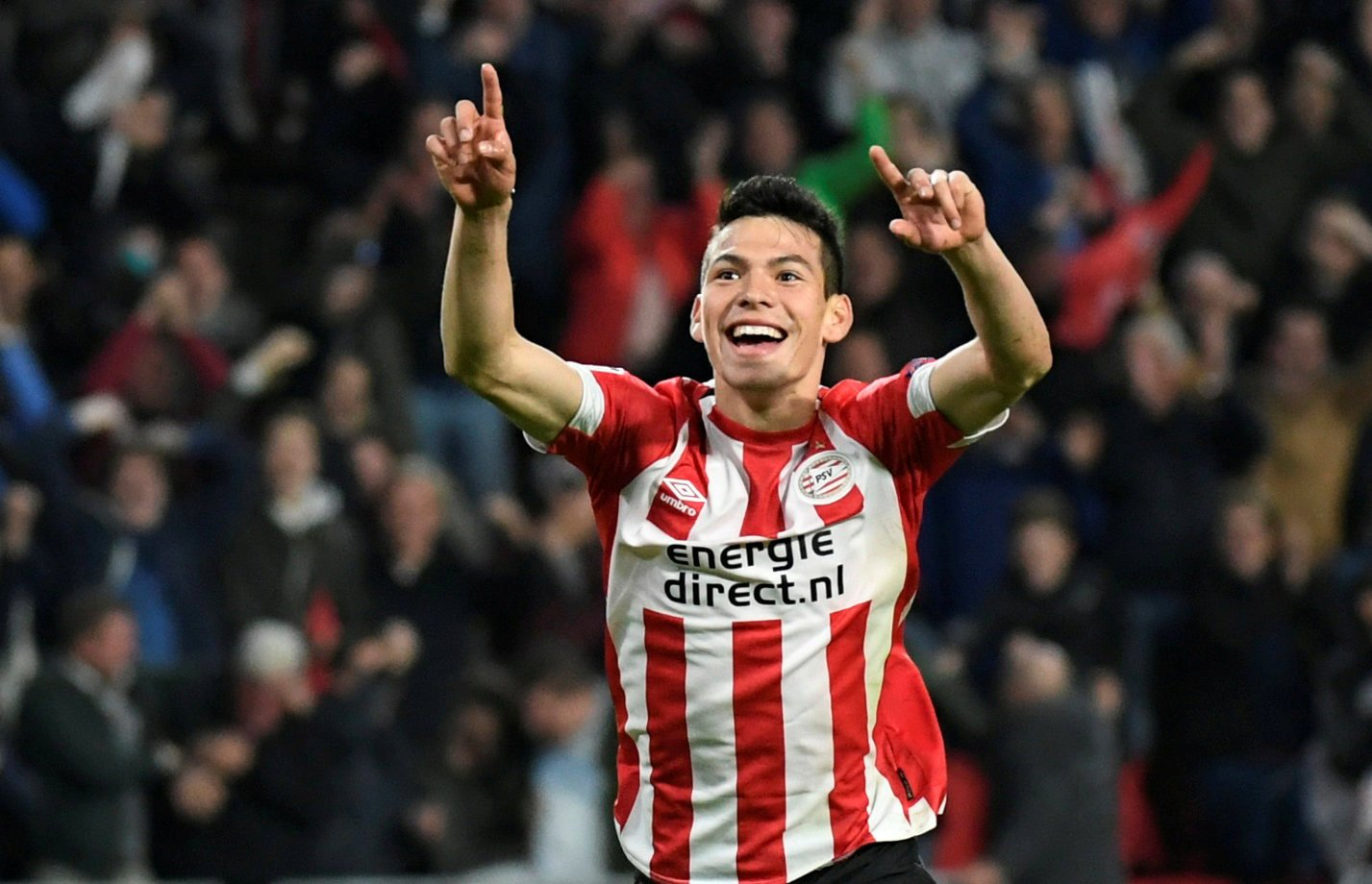 Arsenal want Hirving Lozano