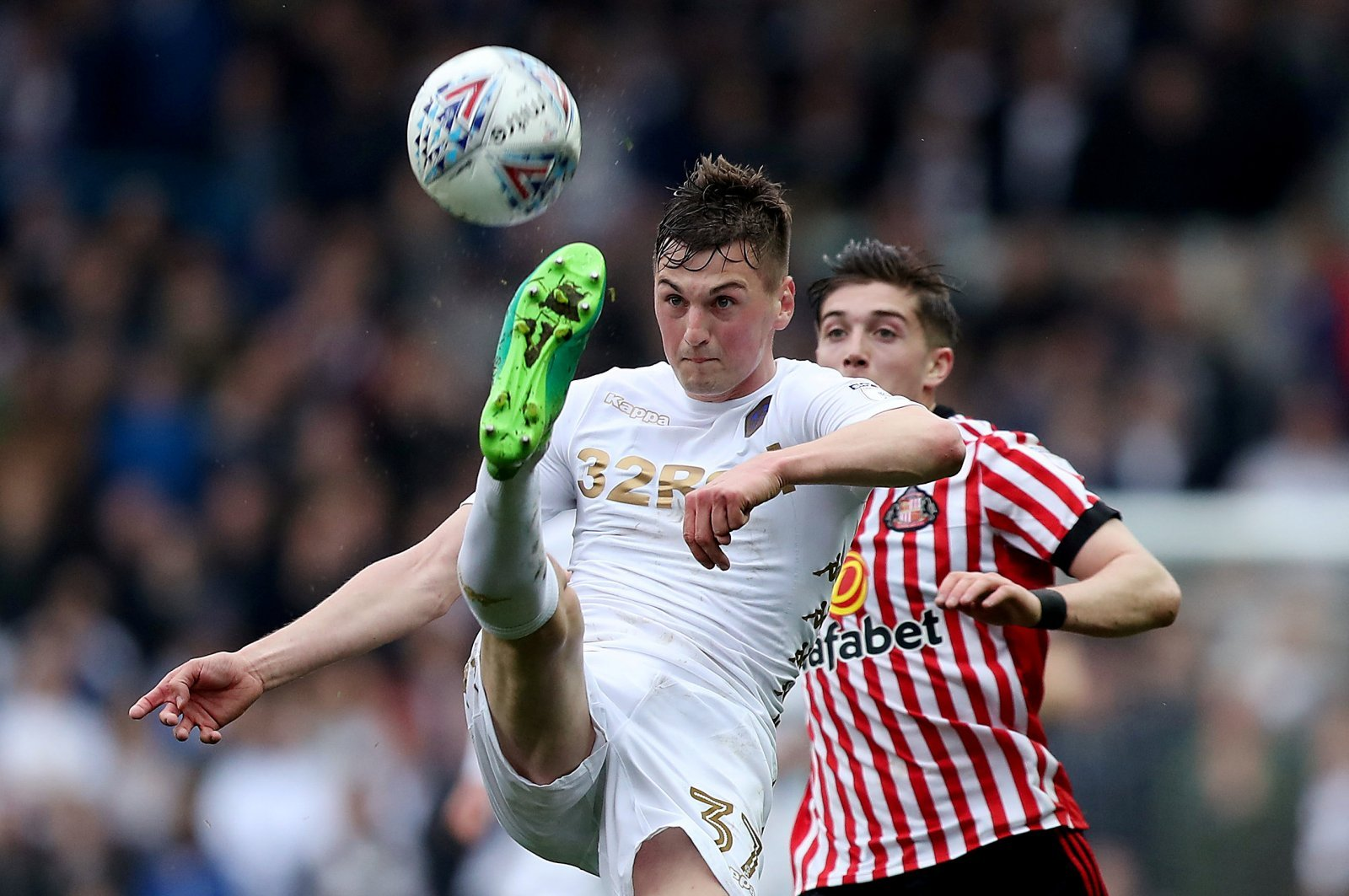 Leeds' Paudie O'Connor set to join Bradford on loan