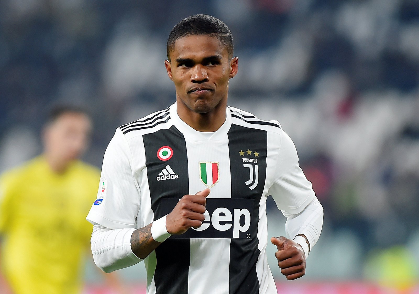 Tottenham told how much they would have to pay for Douglas Costa