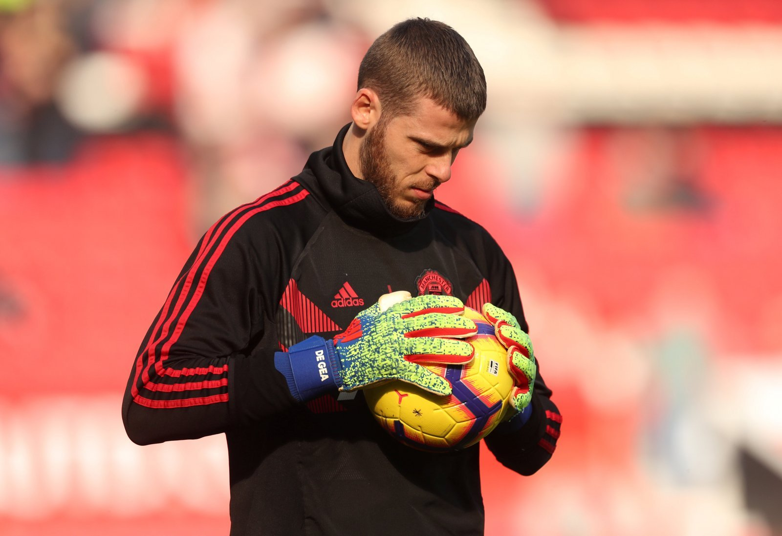 Manchester United should let David De Gea go if he holds them to ransom