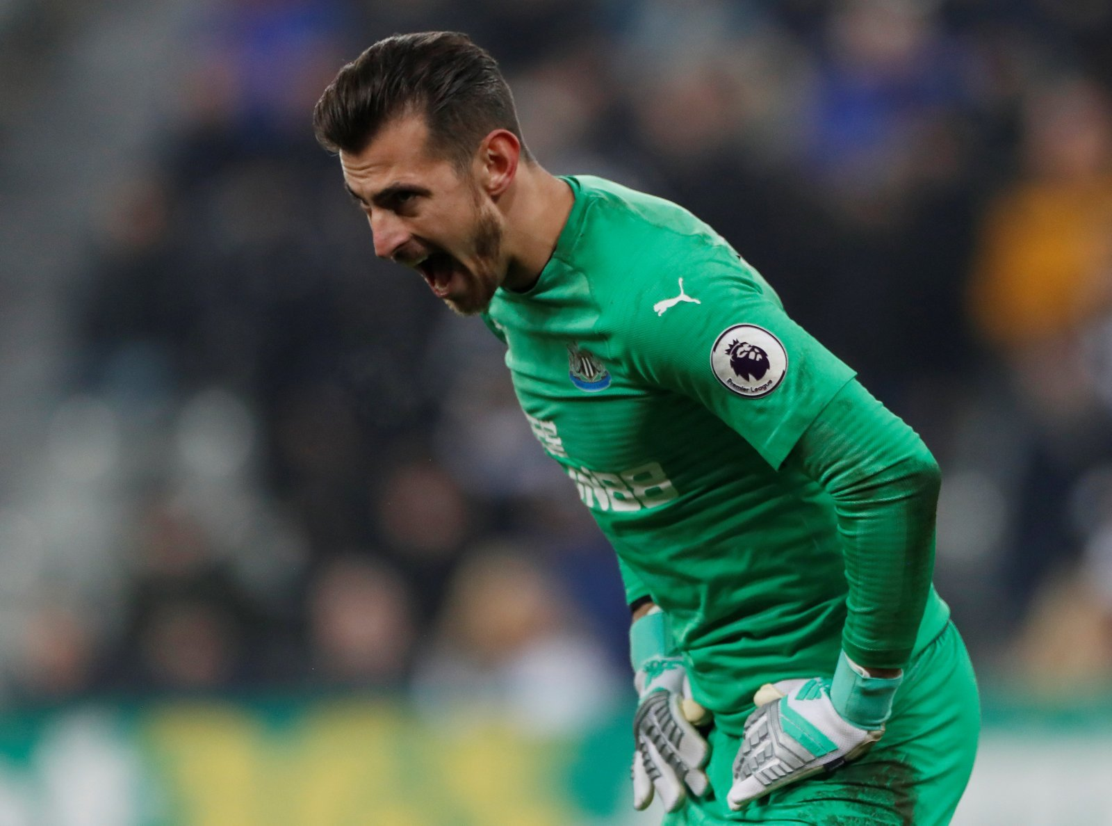 Newcastle fans take to Twitter to stand behind Martin Dubravka