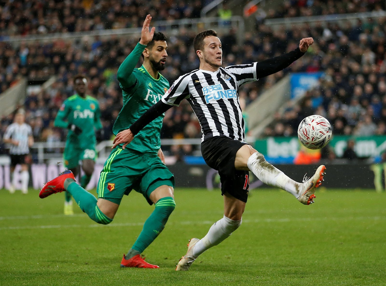 Newcastle United: Fans praise Javier Manquillo after string of impressive showings