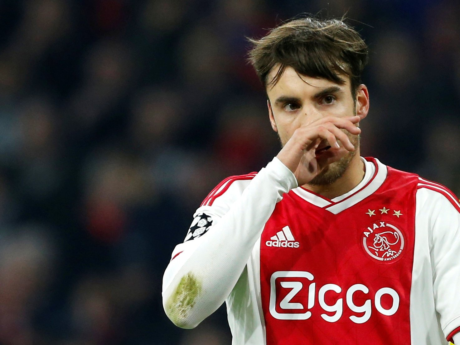 Arsenal fans on Twitter would jump at the chance to snap up Nicolas Tagliafico