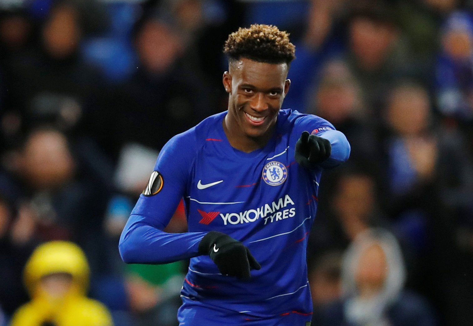 Chelsea fans on Twitter were left shocked when Sarri subbed on Hudson-Odoi