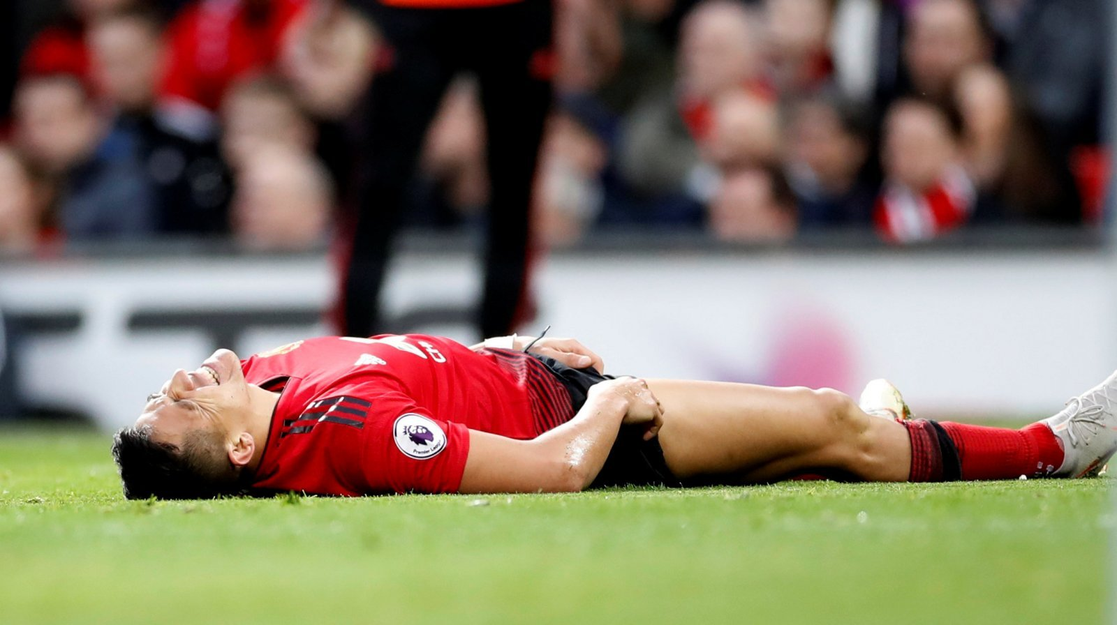 Alexis Sanchez's Manchester United career effectively over after latest injury