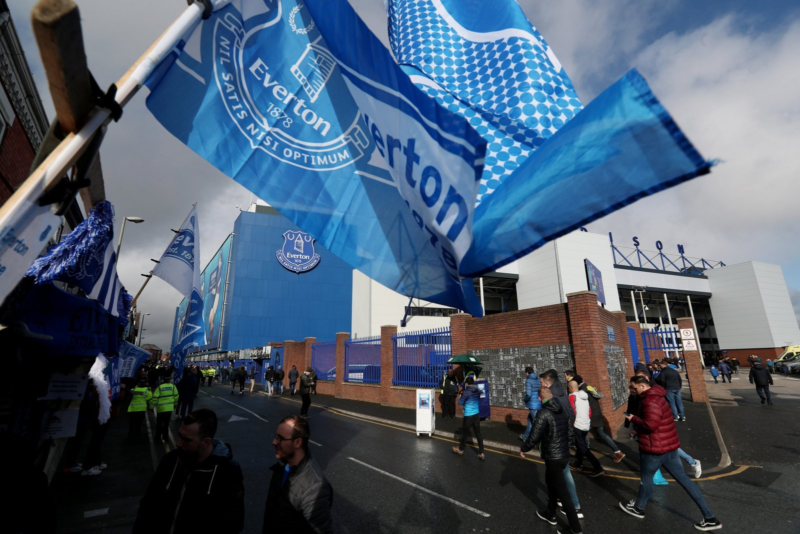 Everton Fans React To Throwback Footage Of The Goodison Park Tunnel In The 1980s The Transfer Tavern