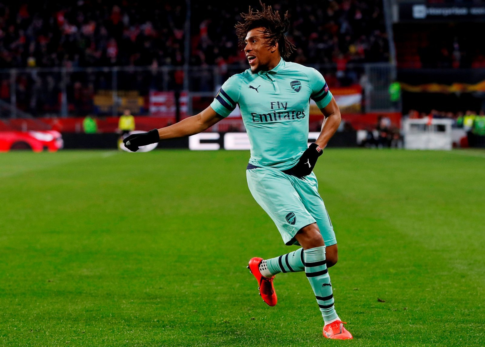 Arsenal vs Rennes: Alex Iwobi saved faced amongst sea of mediocrity