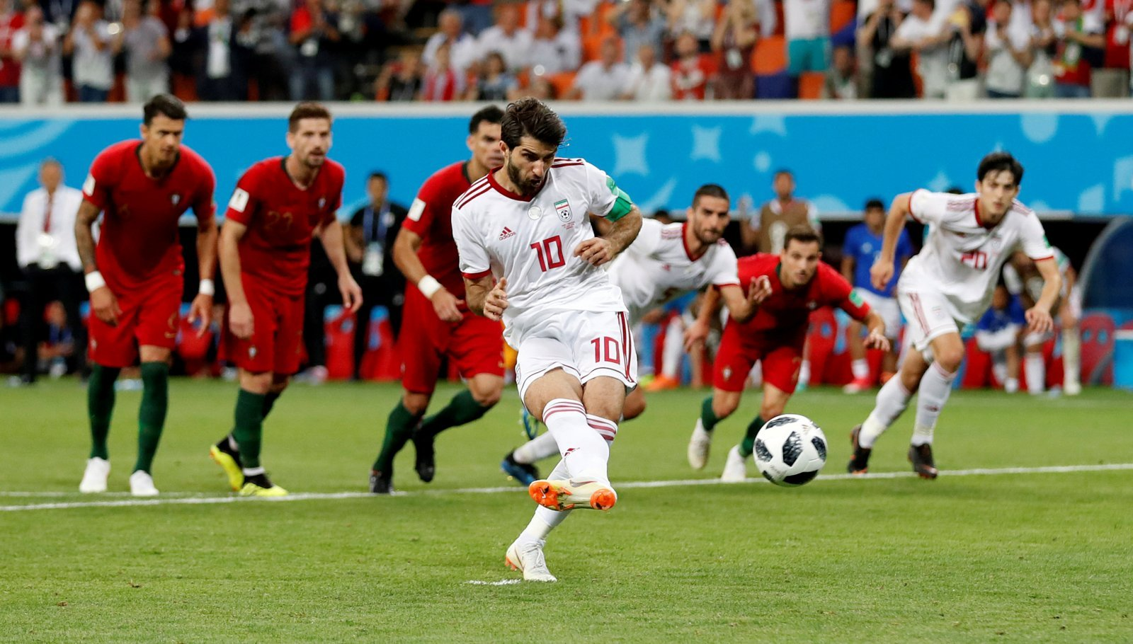 Nottingham Forest: Karim Ansarifard leaves Reds for Qatari side Al-Sailiya