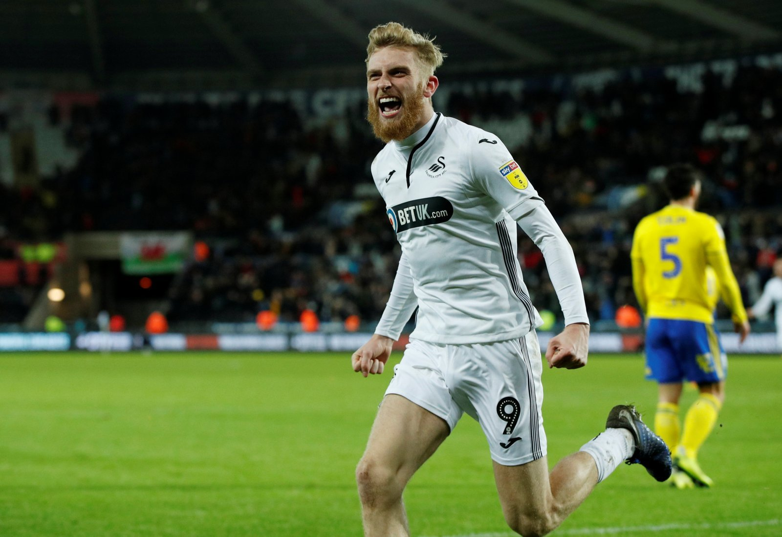 Sheffield United: Blades submit official bid for Swansea City forward Oliver McBurnie