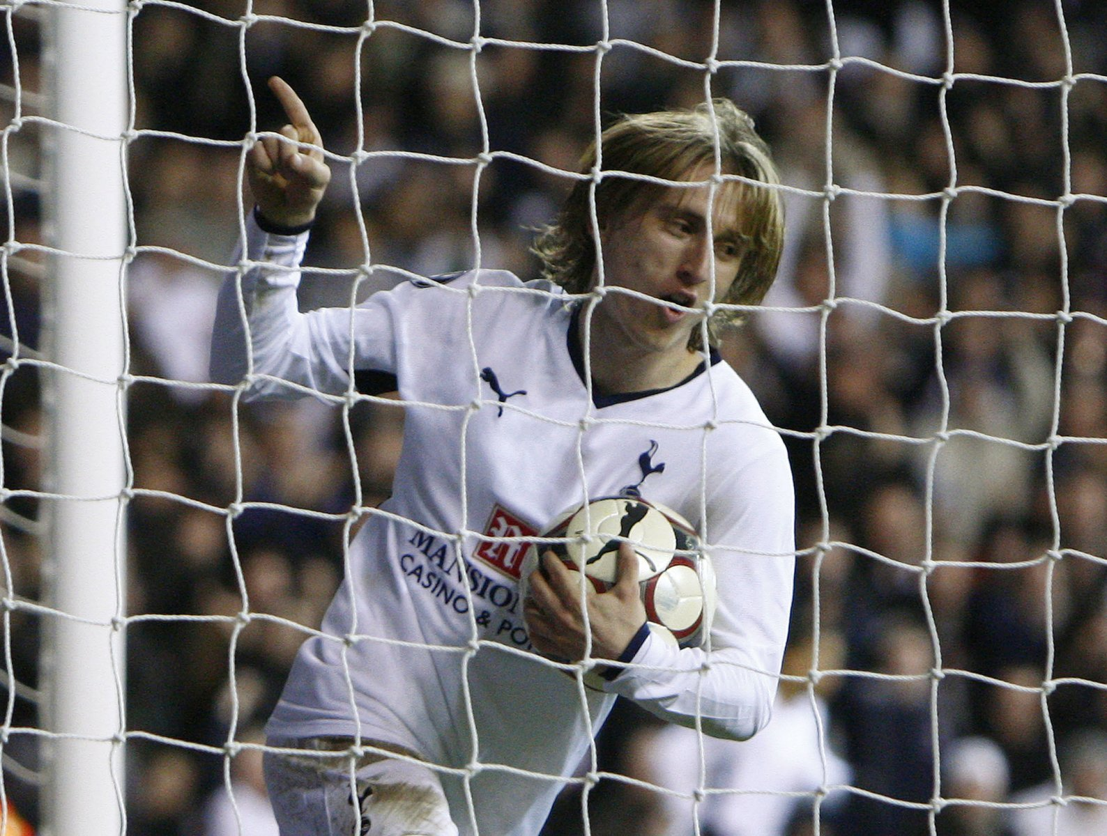 Tottenham Hotspur: Fans would love to see Luka Modric back at Spurs