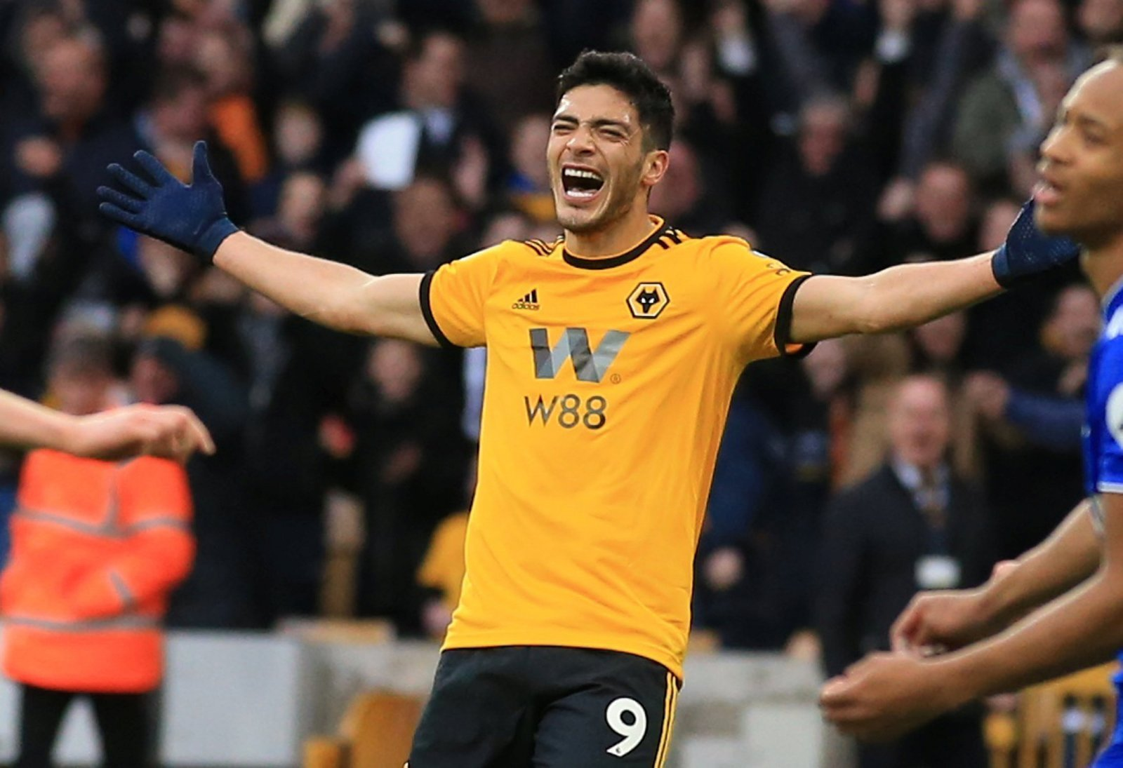 Wolves need to sign Raul Jimenez permanently from Benfica right away