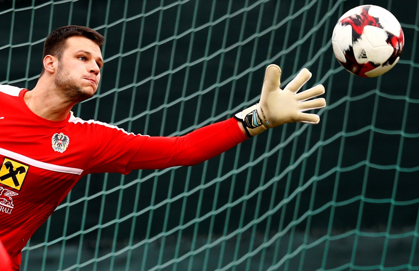 Rangers: Keeper should not be so quick to dismiss Ibrox approach