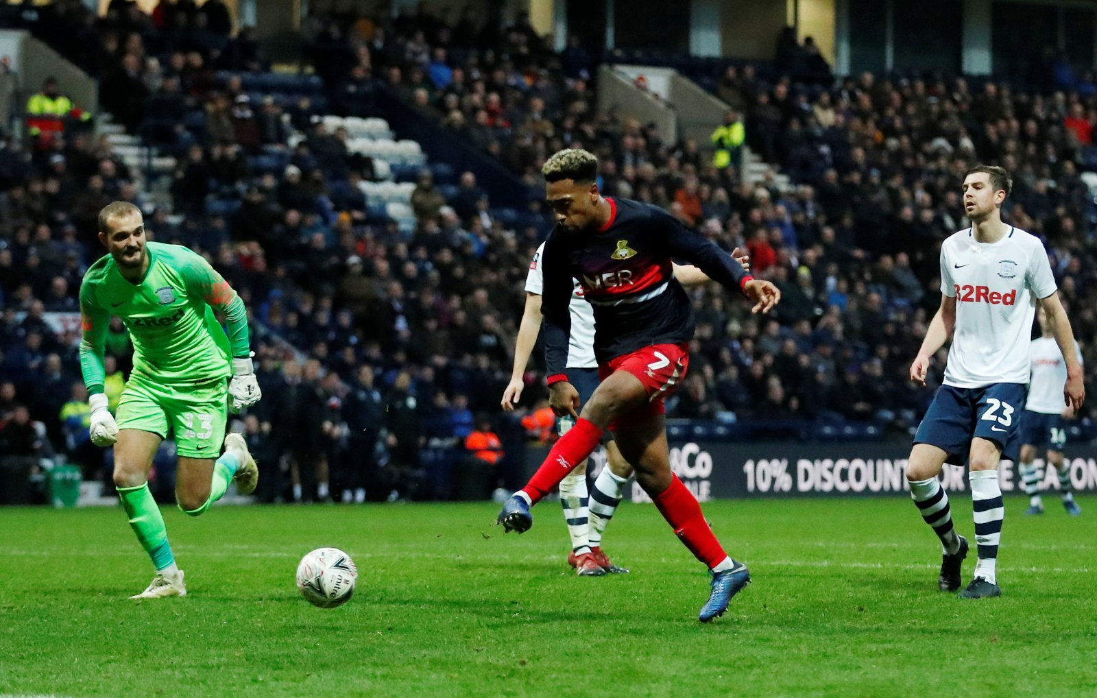 Doncaster: McCann must go all-out to re-sign Mallik Wilks this summer