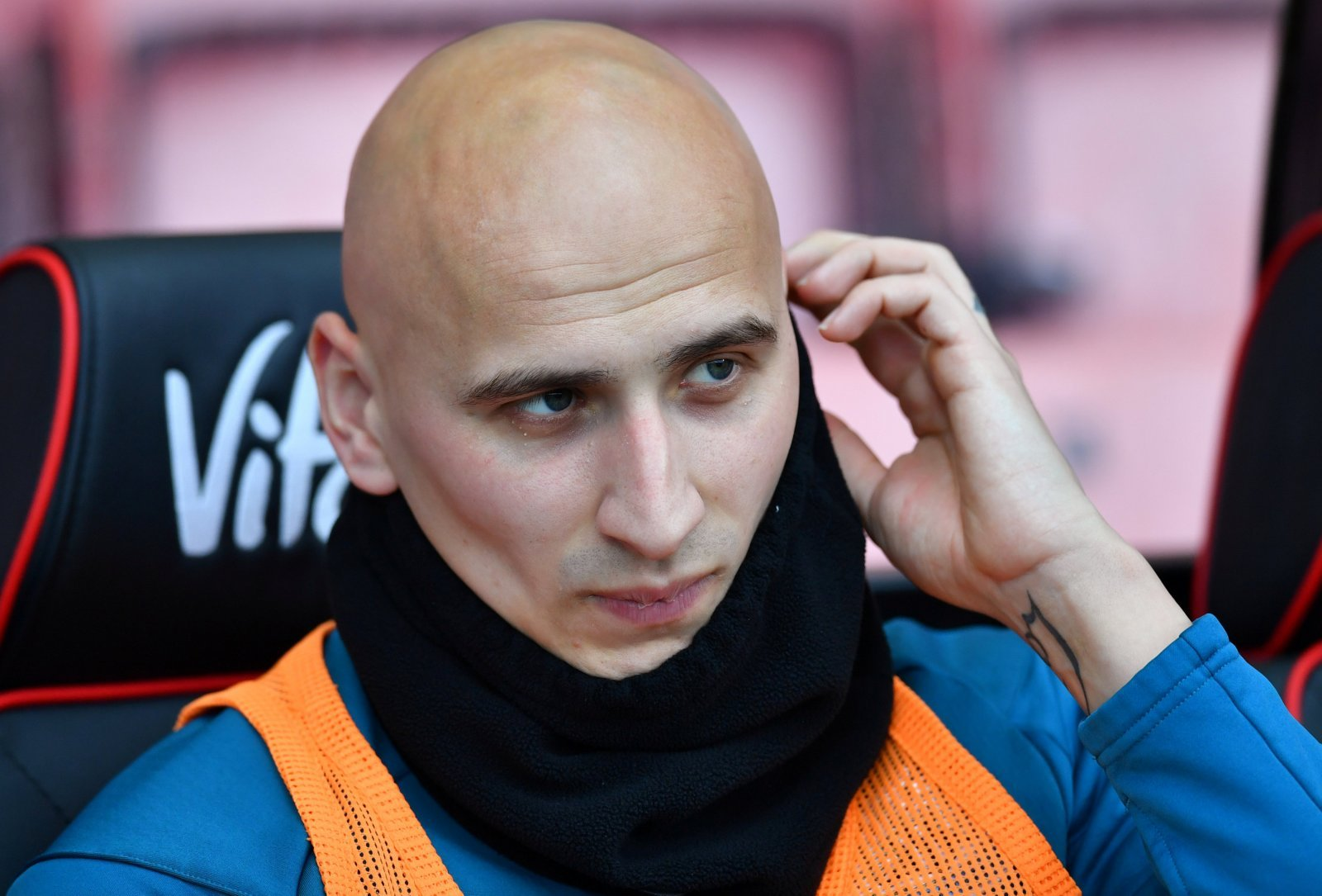 Newcastle: Benitez may be a managerial wizard but he needs to solve Shelvey conundrum