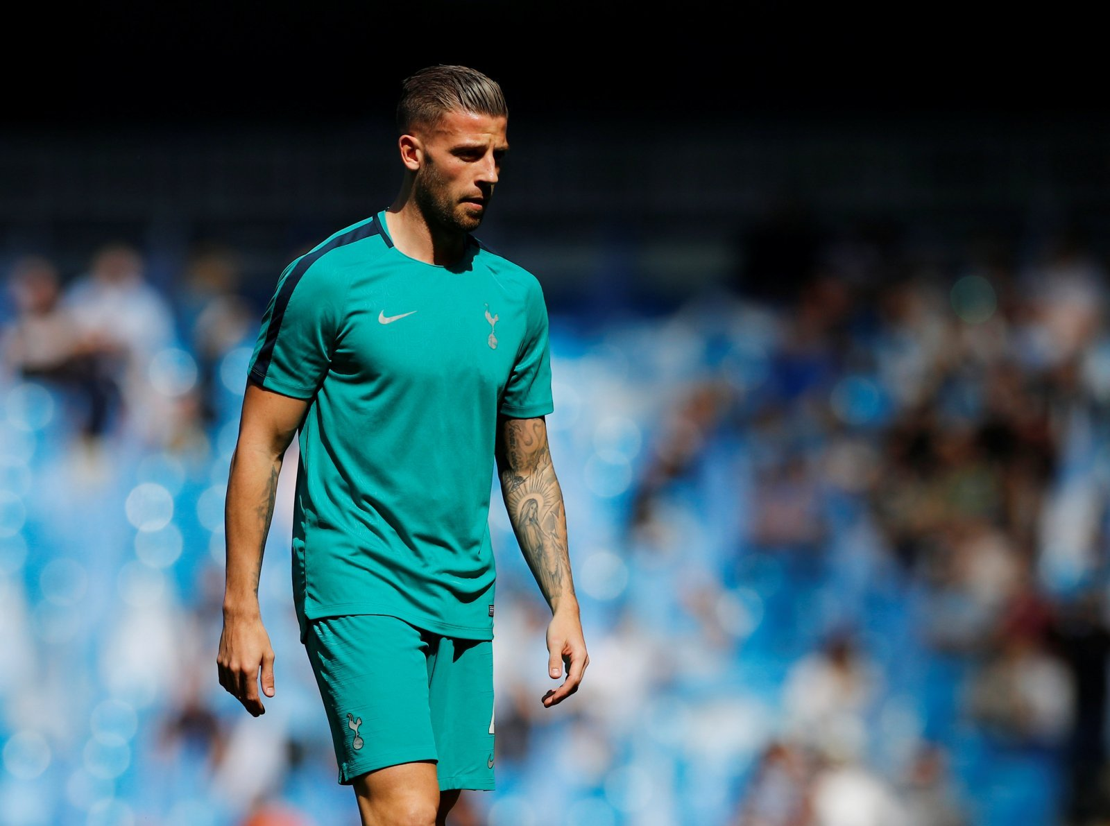 Tottenham: Alderweireld would quickly go from hero to villain if he makes a move to Arsenal