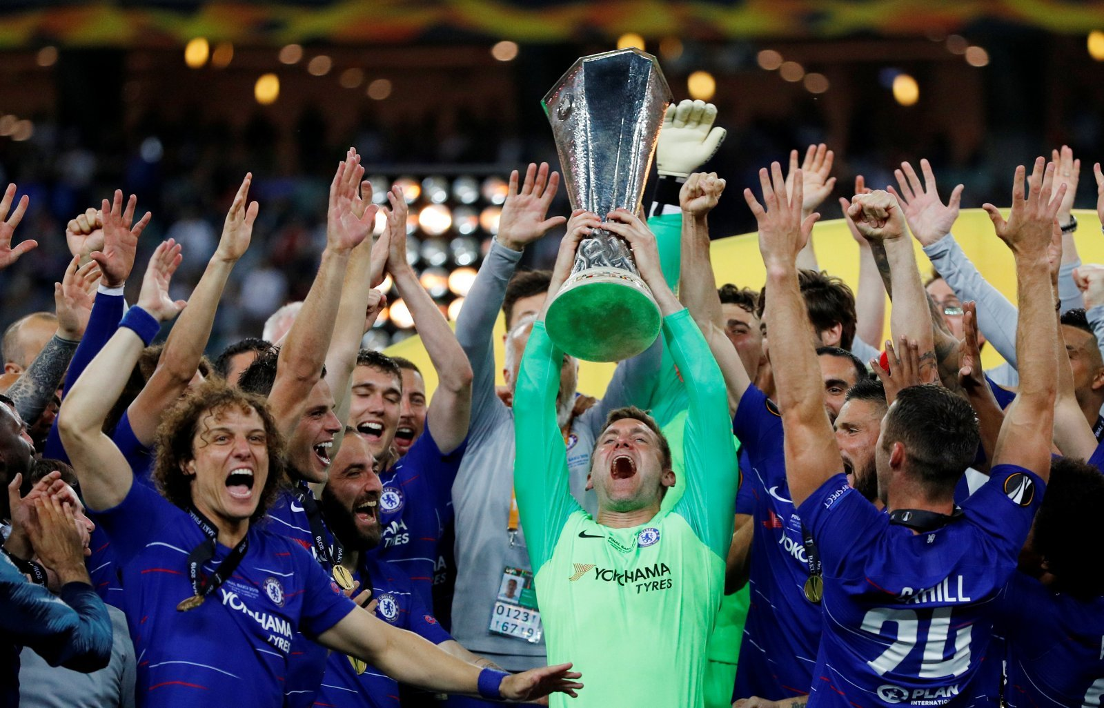 Leeds United: Whites fans react on Twitter to Rob Green winning the Europa League
