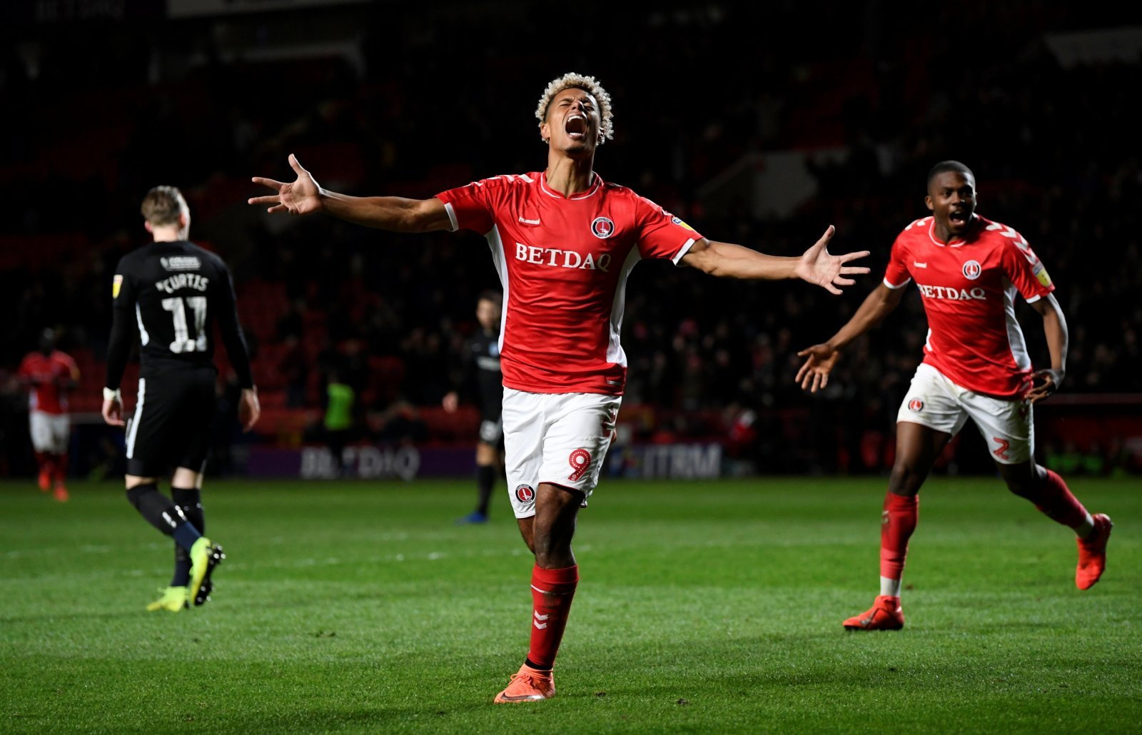 Failing to secure promotion could result in Charlton losing Lyle Taylor this summer