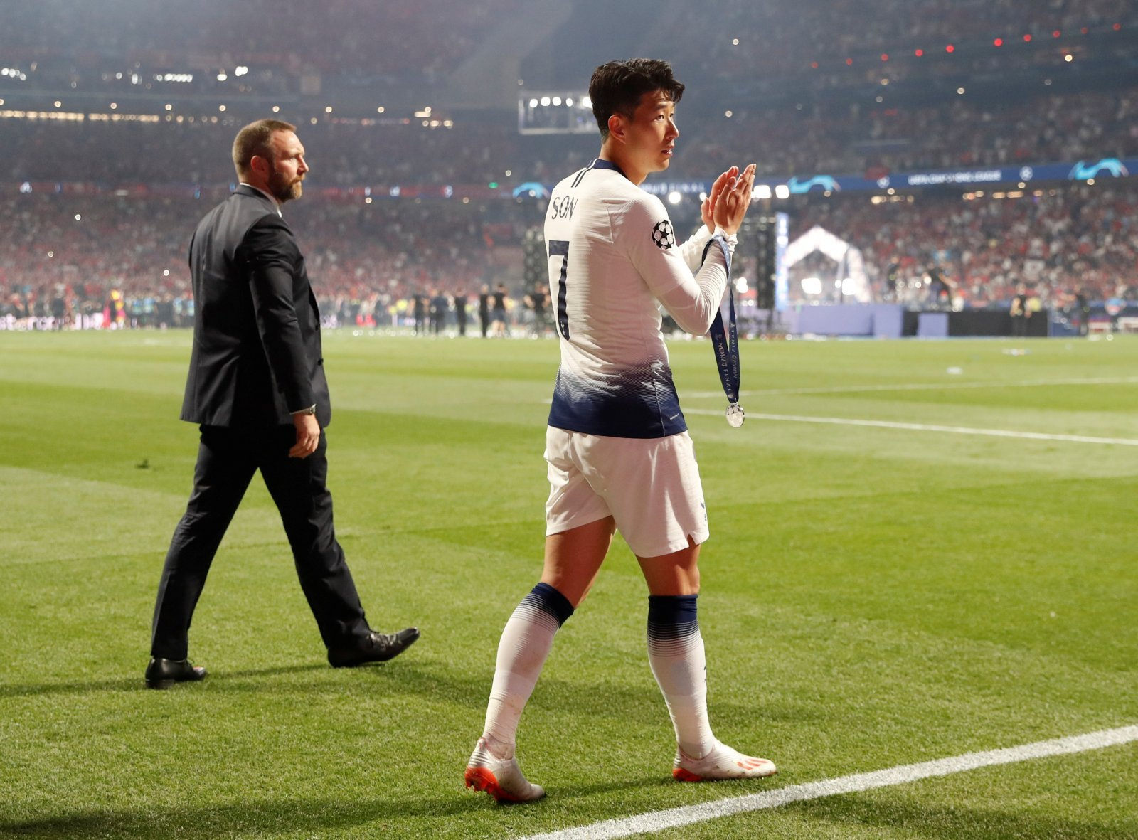 Tottenham: Supporters on Twitter can't wait to see Heung-Min Son back