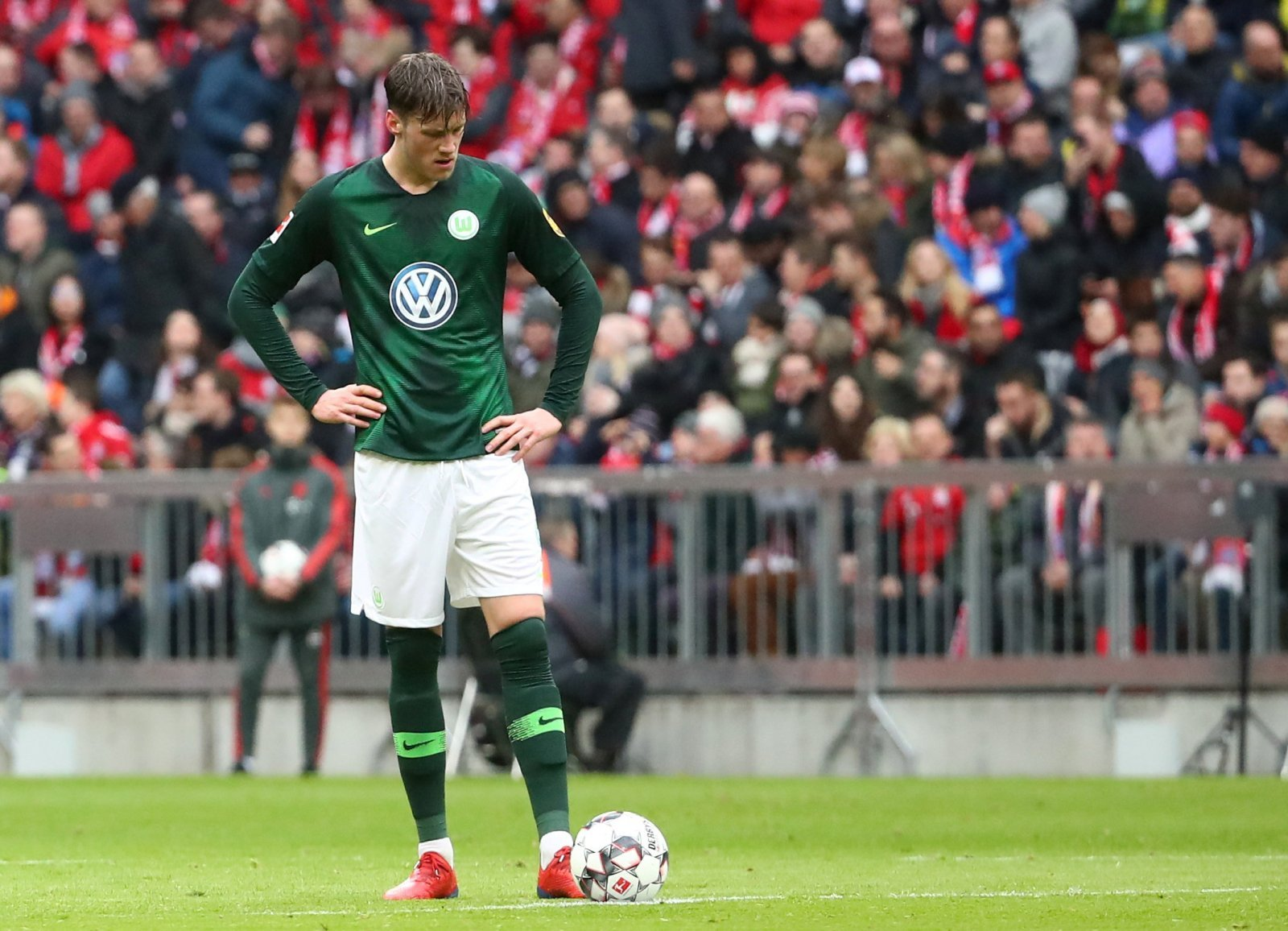 Crystal Palace: Fans split over Wout Weghorst transfer rumour