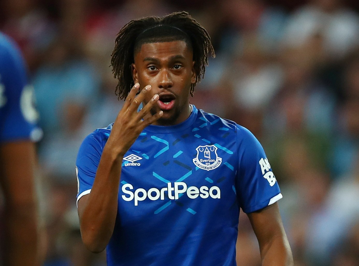 Everton: Iwobi made joint-highest earner at Goodison after Arsenal exit
