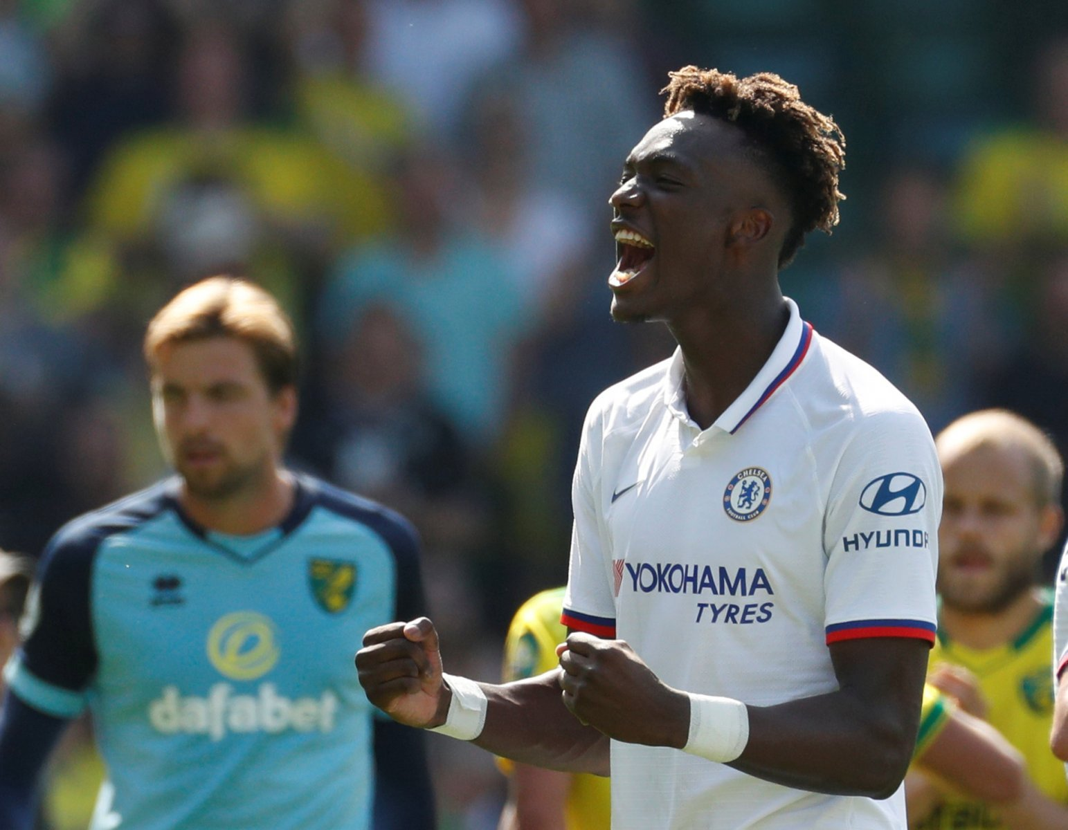 Chelsea: Tammy Abraham poised to sign new deal at Stamford Bridge