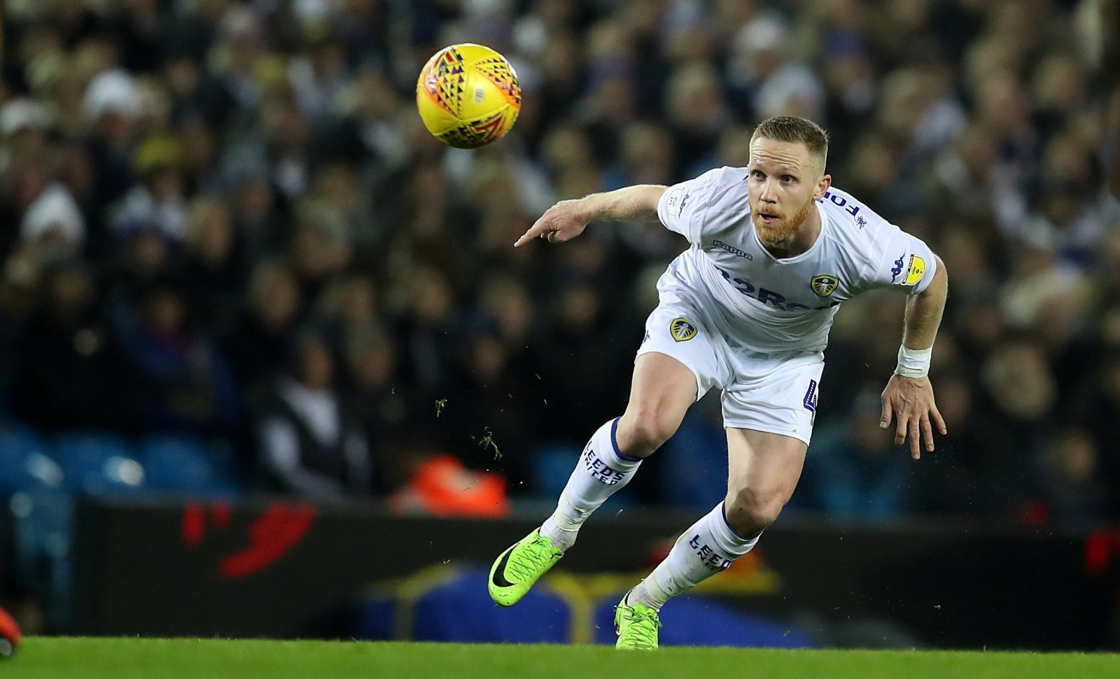 Leeds United: Adam Forshaw unavailable for Derby County clash
