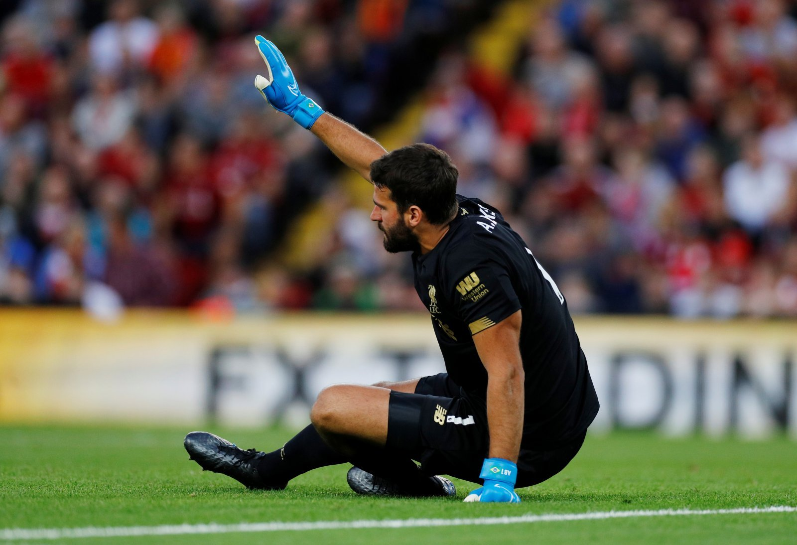 Liverpool: Fans delighted with Alisson injury update