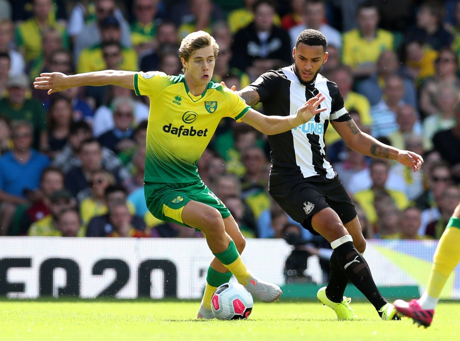 Norwich City: Statistic comparing Todd Cantwell and Jesse Lingard appears on Twitter