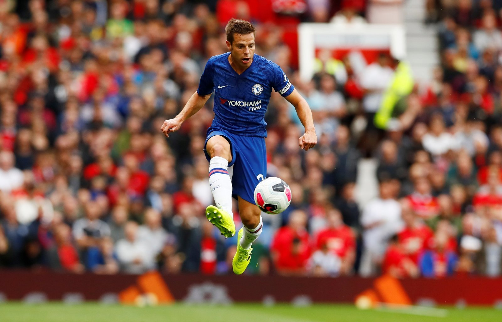 Chelsea: Fans slam Cesar Azpilicueta after Leicester City draw
