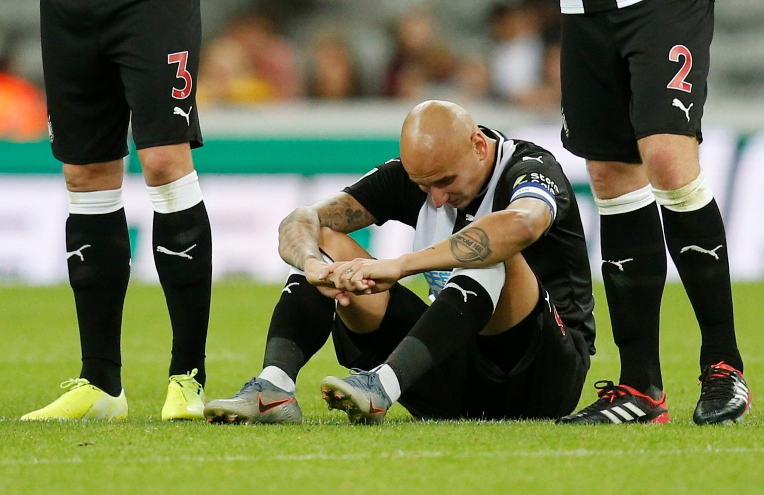 Newcastle: Fans react as Shelvey refutes suggestion he is lazy
