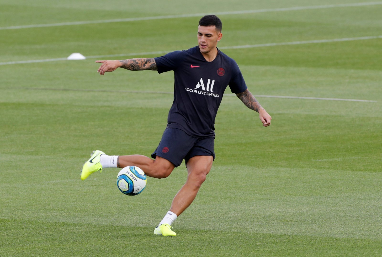 AC Milan: Potential for a three-way race to sign Leandro Paredes