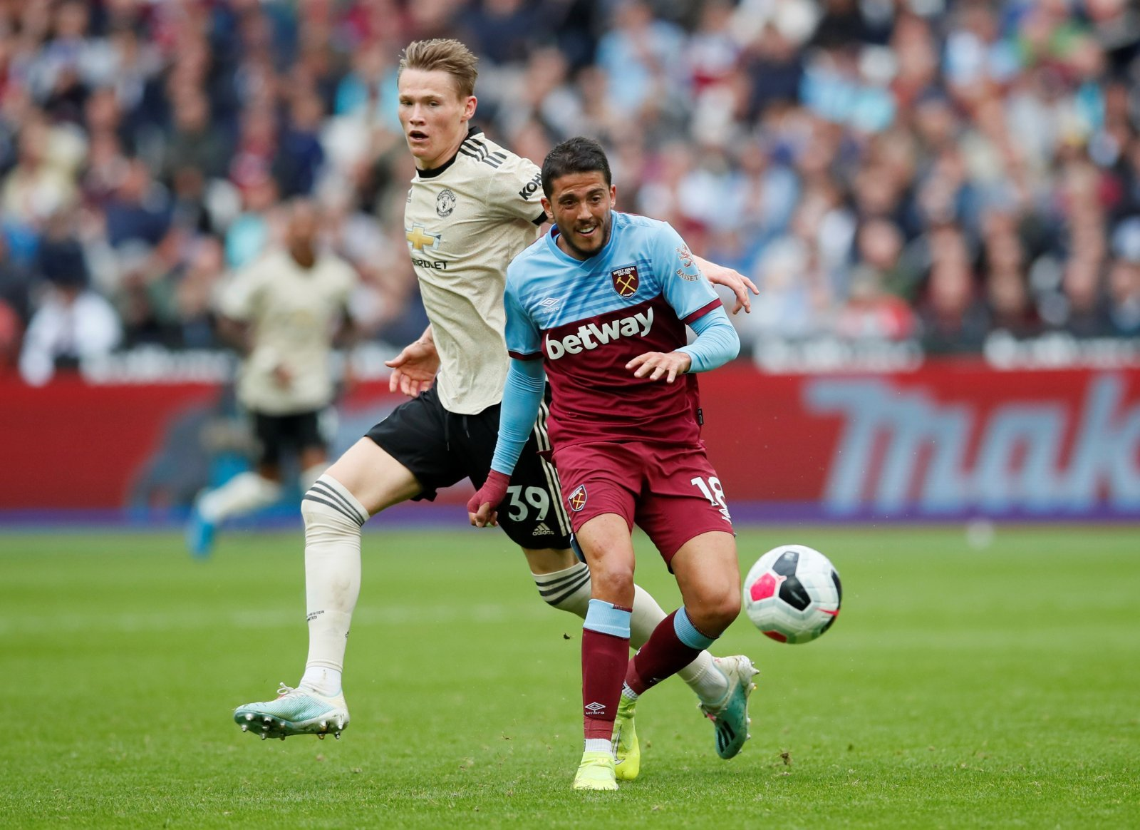 West Ham: Fans not impressed with Pablo Fornals after Everton defeat