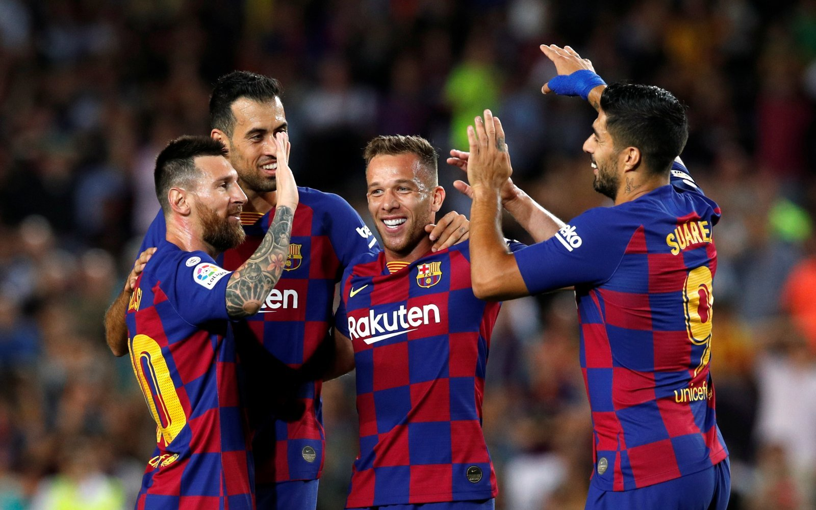 Barcelona: Fans are loving this statistic about midfielder Arthur