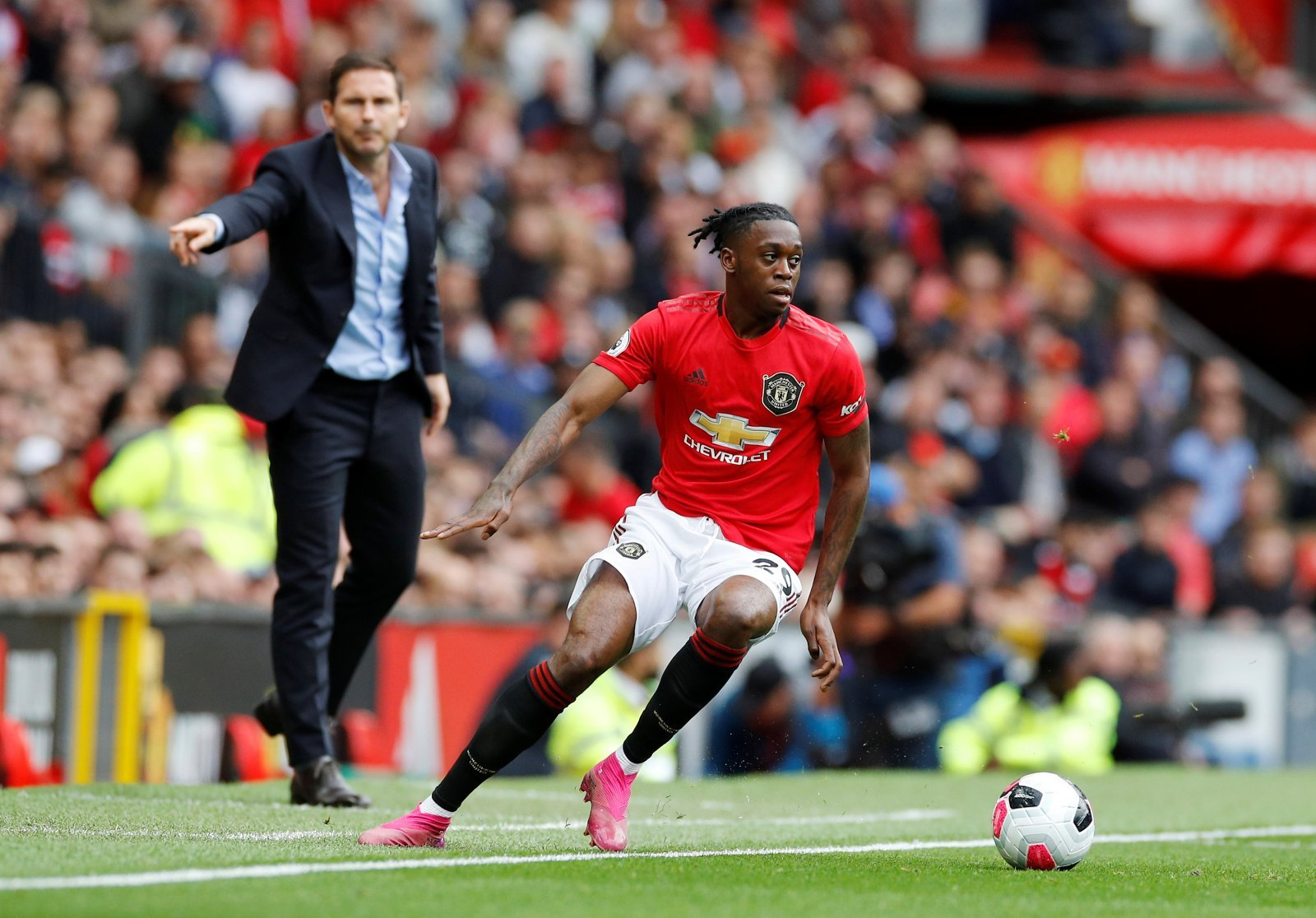 Manchester United: Fans react to Aaron Wan-Bissaka's post on Twitter