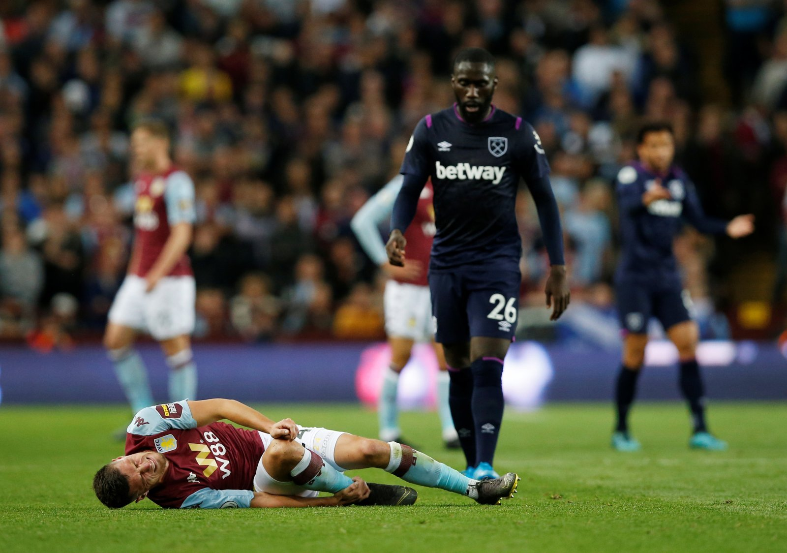 West Ham: Some fans use Arthur Masuaku's birthday as a chance to force manager into playing him