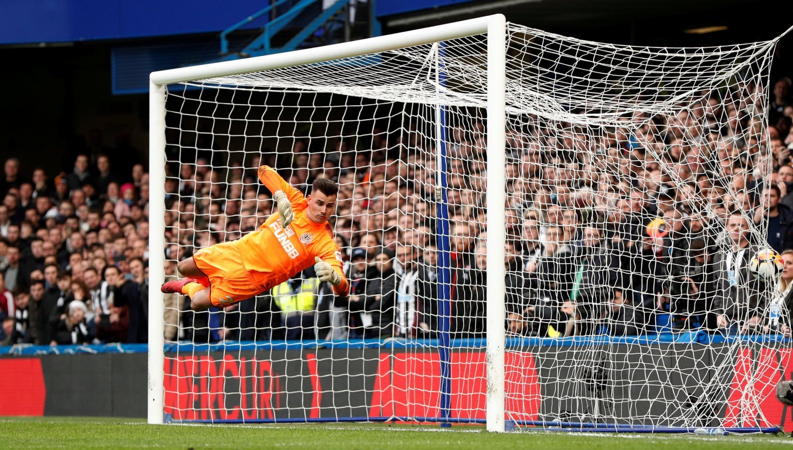 Newcastle: Darlow to leave as free agent after Magpies rejected summer bid