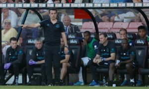 Everton manager Marco Silva gestures from the dugout at Bournemouth, Sep 2019