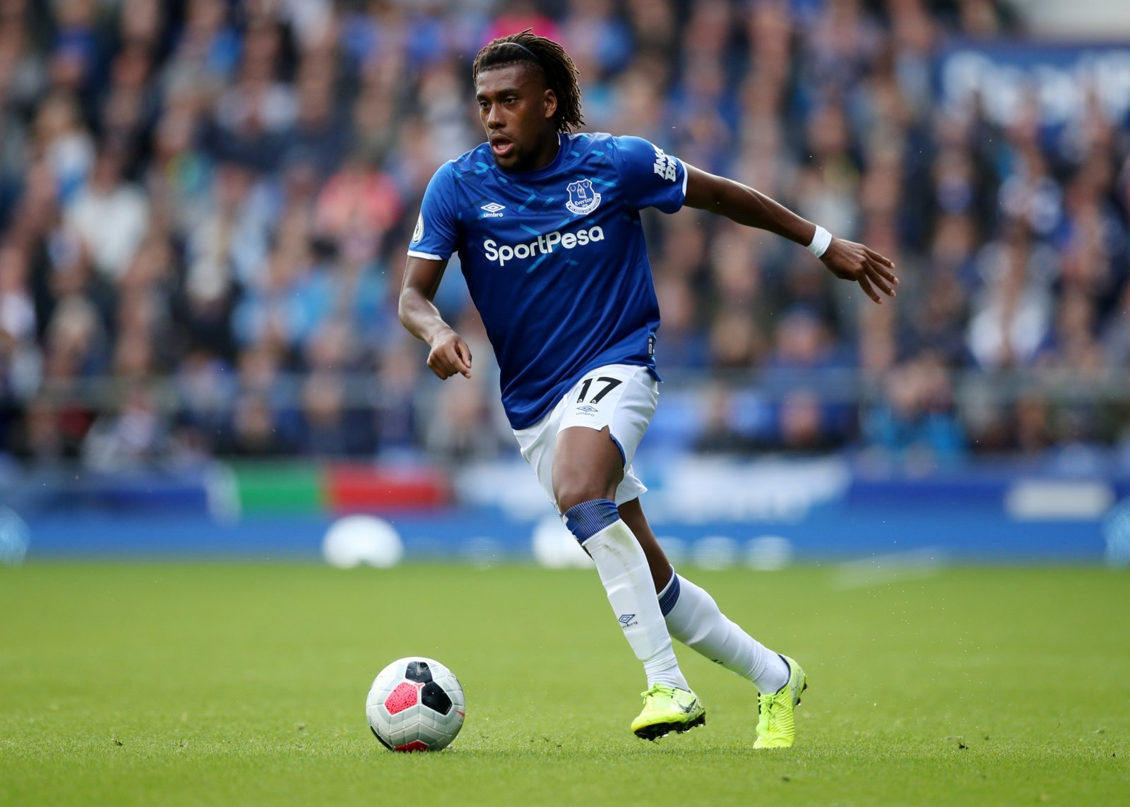 Unsung Hero: Alex Iwobi flies under the radar as Everton ease pressure on Marco Silva with 2-0 win over Watford