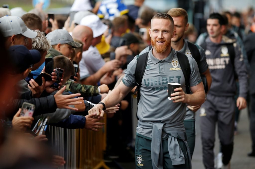 Leeds-uniteds-adam-forshaw-interacts-with-fans-after-arriving-at-elland-road-before-the-swansea-match-aug-2019-1024x682