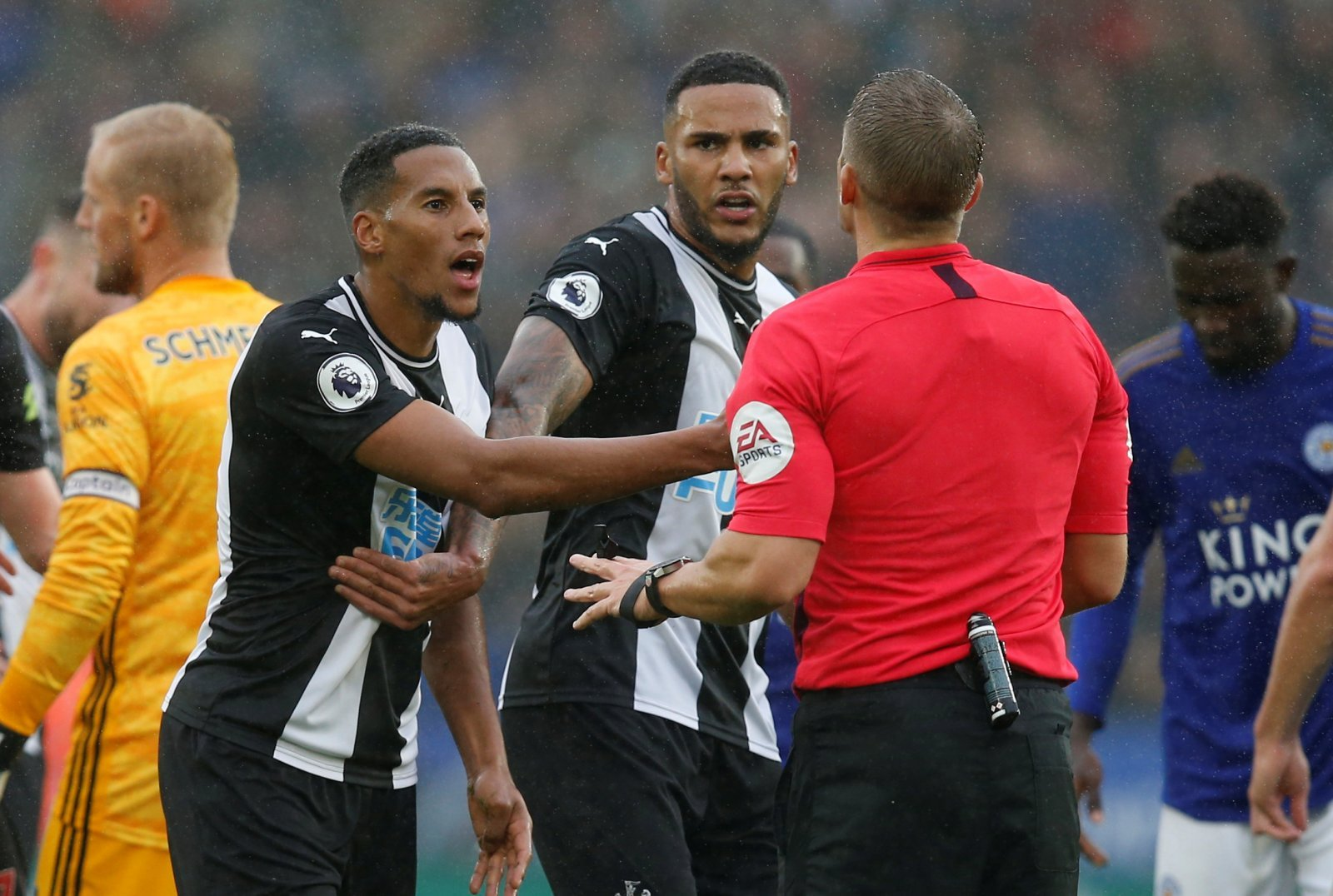 Newcastle United: Fans slam Isaac Hayden for red card challenge on Leicester City's Dennis Praet