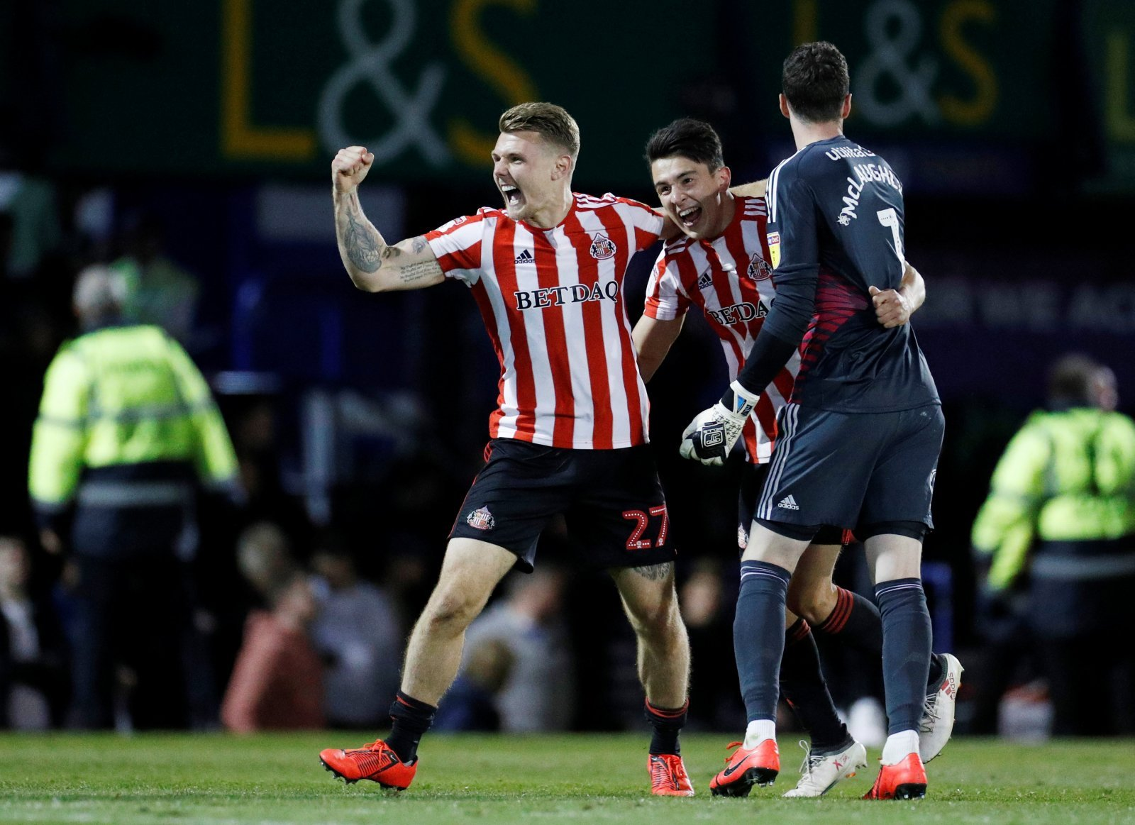 Unsung Hero: Luke O'Nien puts in typically hearty performance for Sunderland