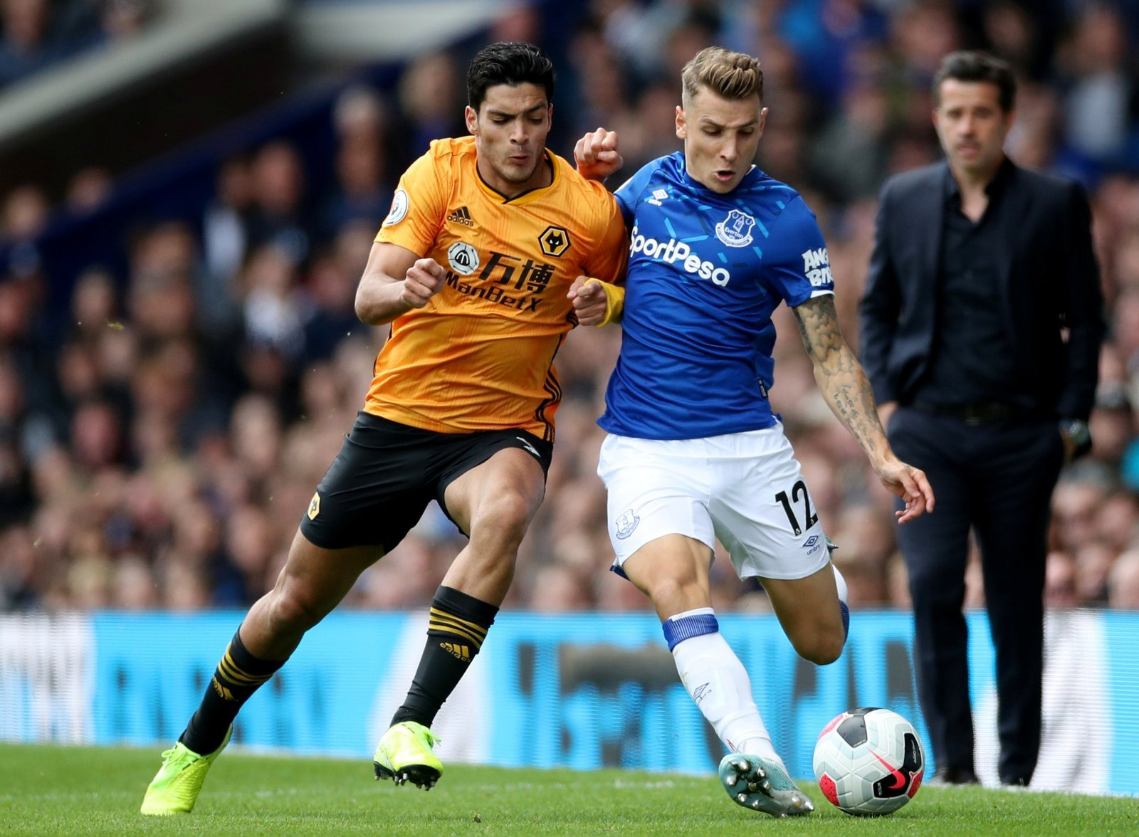 Everton: Fans slam Digne's defensive efforts vs Wolves