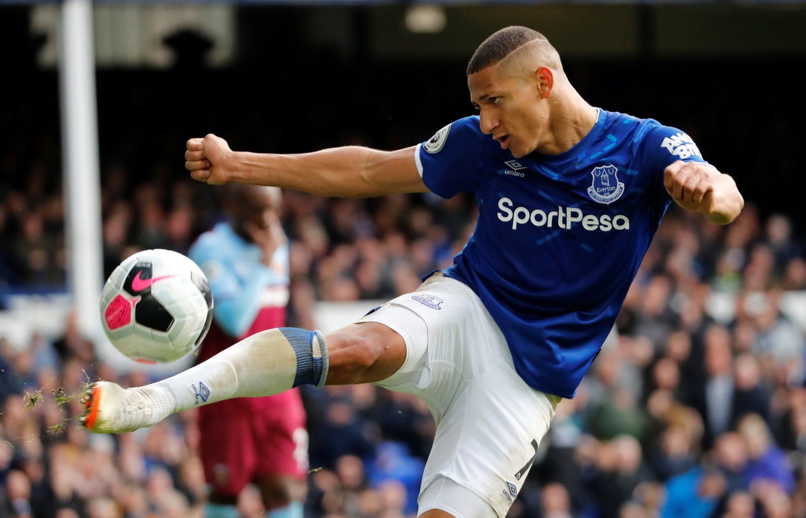 Everton: Richarlison's pasta hiccup has Toffees supporters in stitches