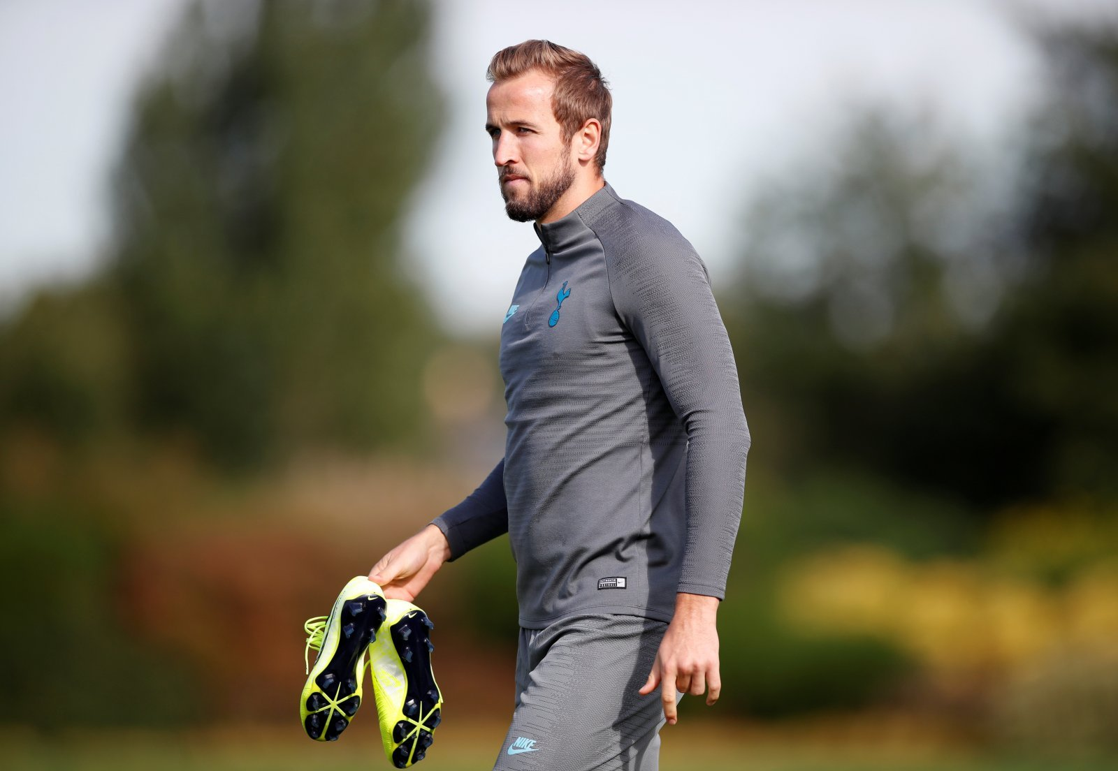 Tottenham Hotspur: 'Frustrated' Kane could request move this summer after poor start