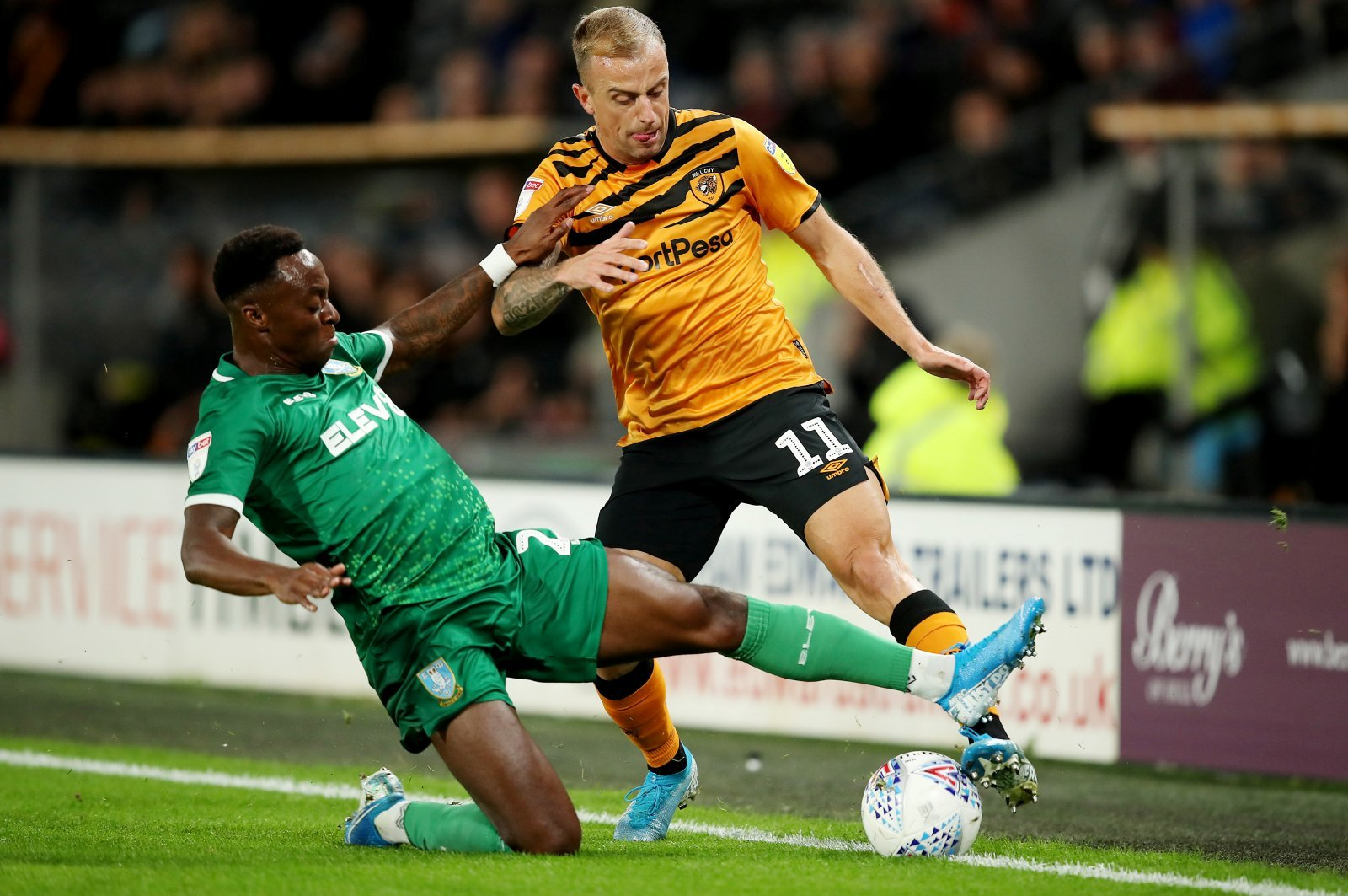Sheffield Wednesday: Fans unimpressed by Moses Odubajo in Hull City loss