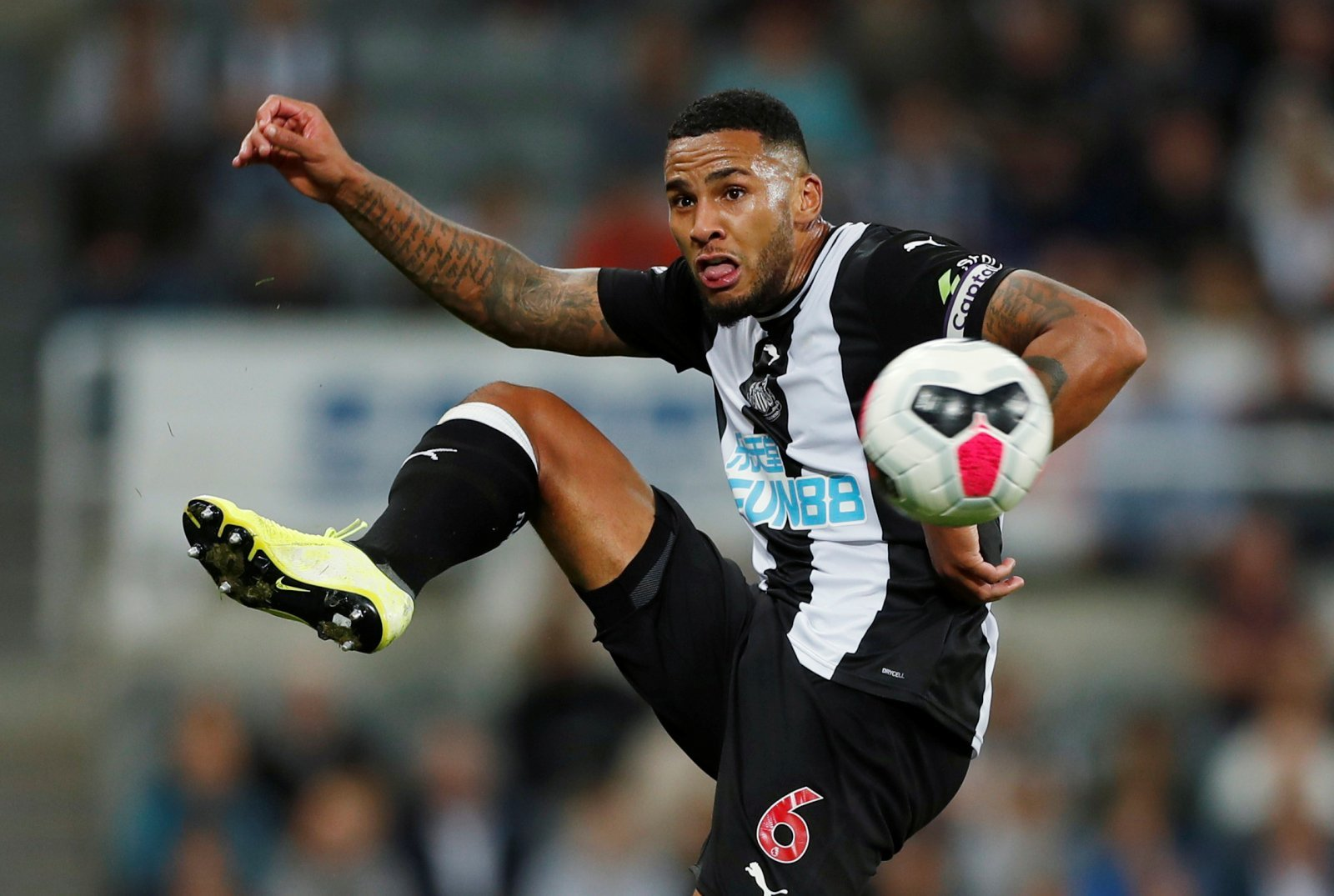Newcastle United: Jamaal Lascelles claims Chelsea's youngsters lack experience