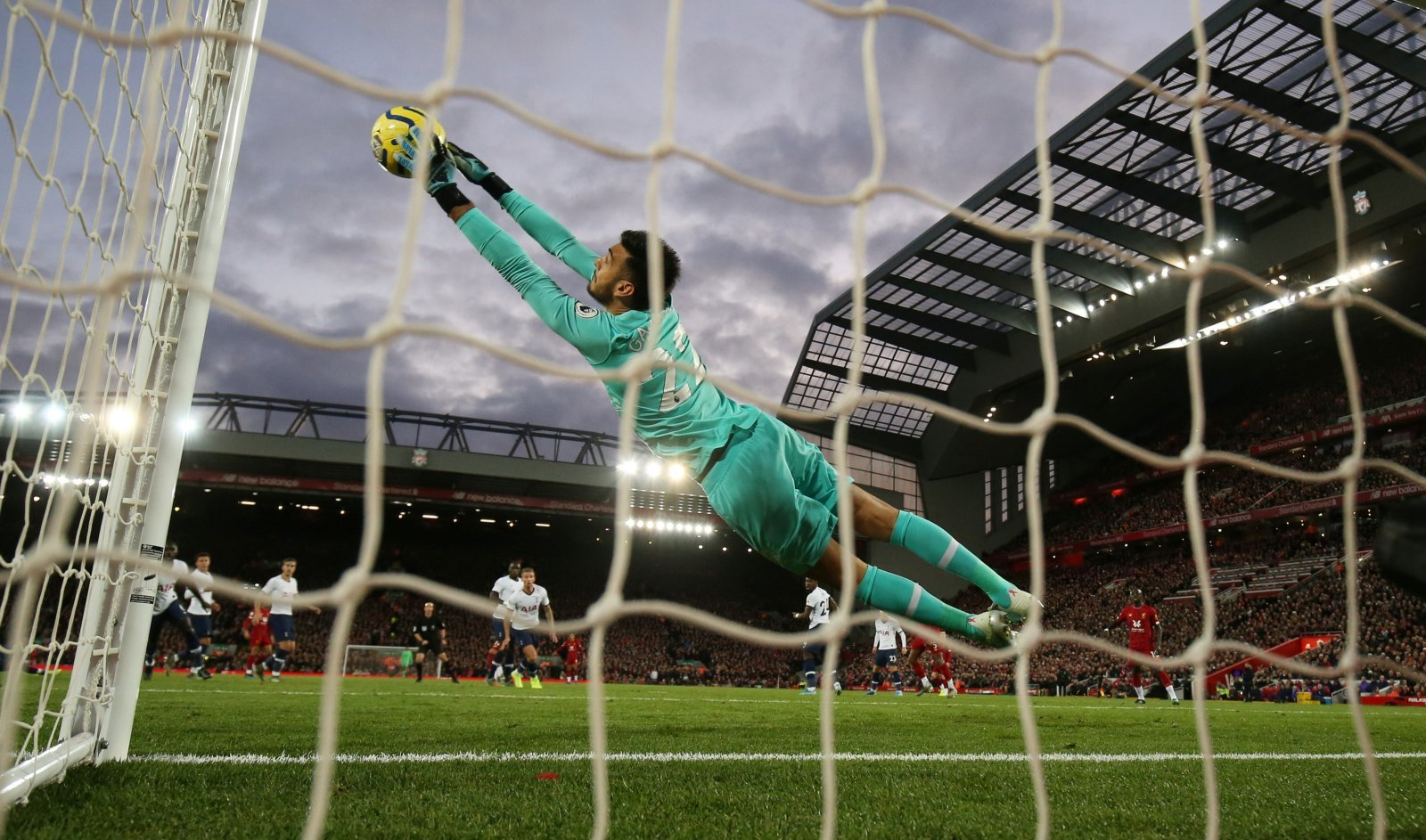 Tottenham Hotspur: Fans laud Paulo Gazzaniga after superb display versus Liverpool