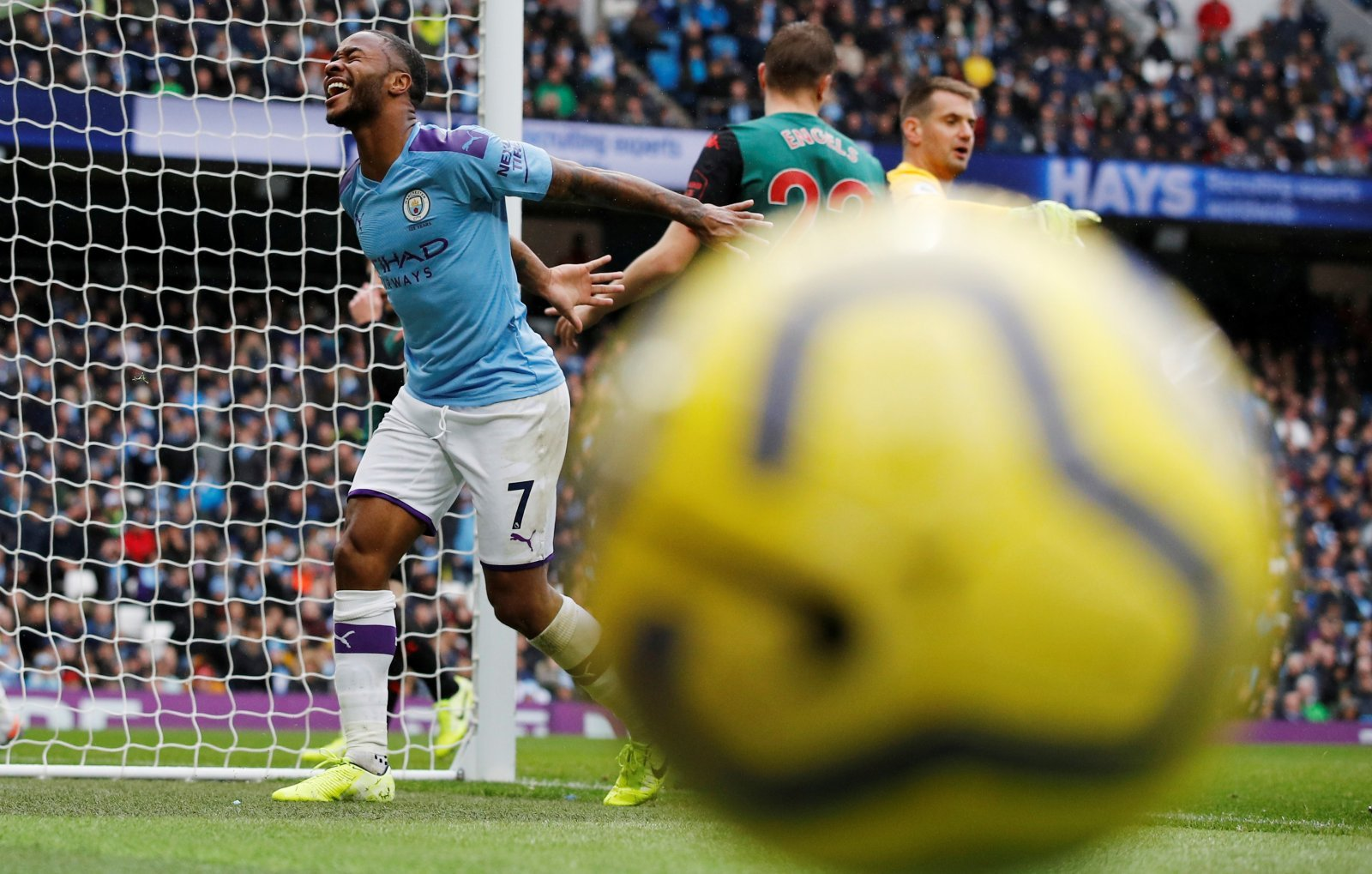 Manchester City: Fans drooling over Raheem Sterling after Aston Villa win