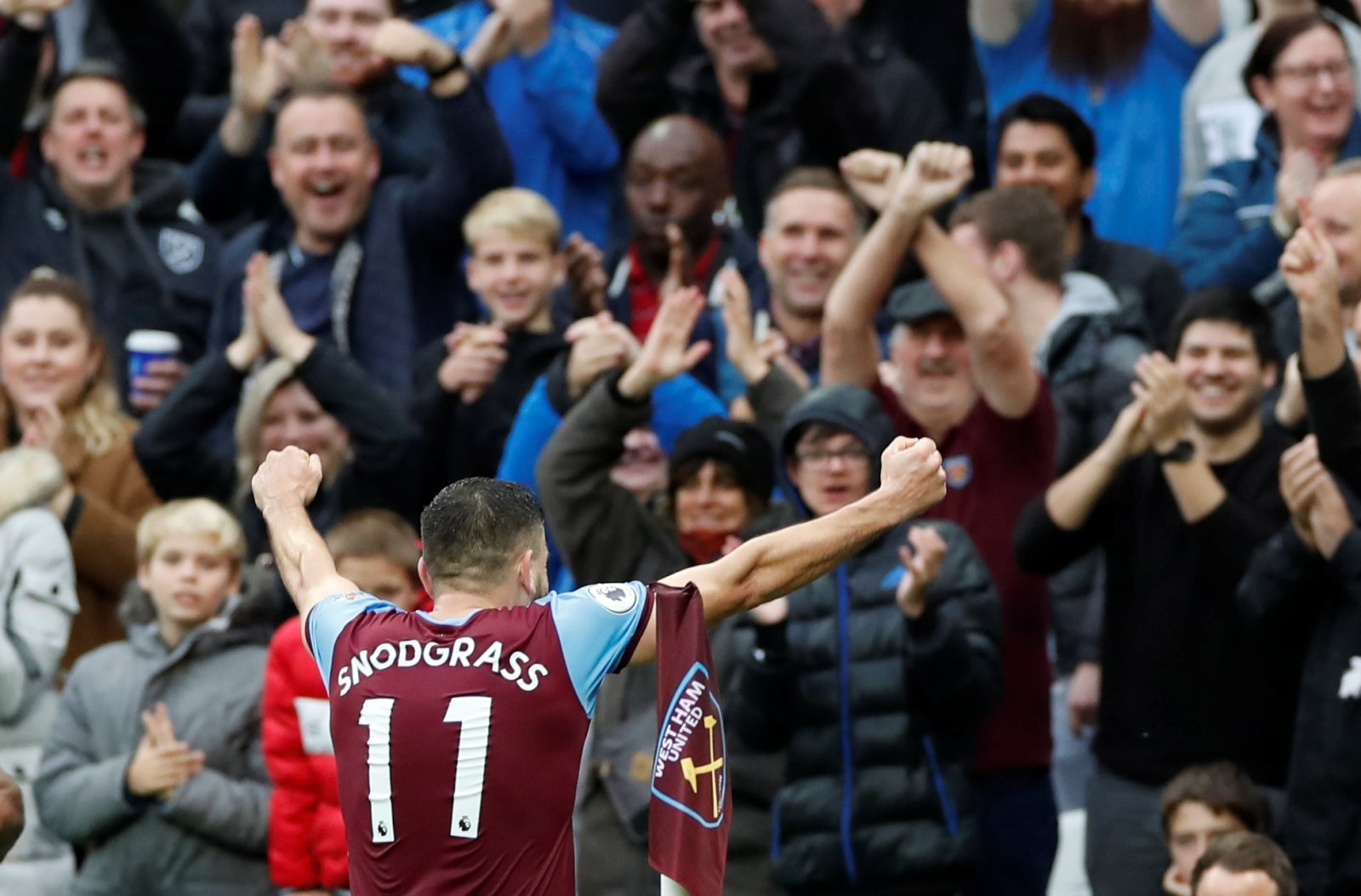 West Ham United: Fans happy with Robert Snodgrass' performance against Sheffield United