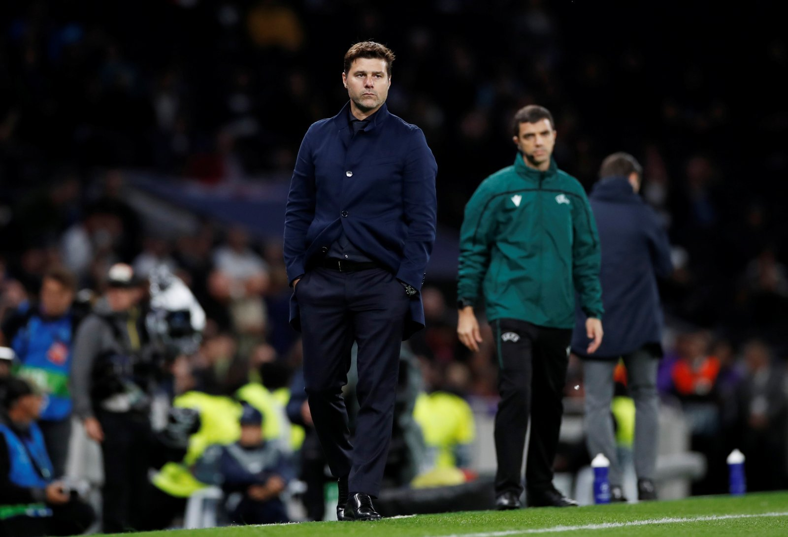 Tottenham Hotspur: Players fear Mauricio Pochettino wants out but Daniel Levy will not sack Argentine